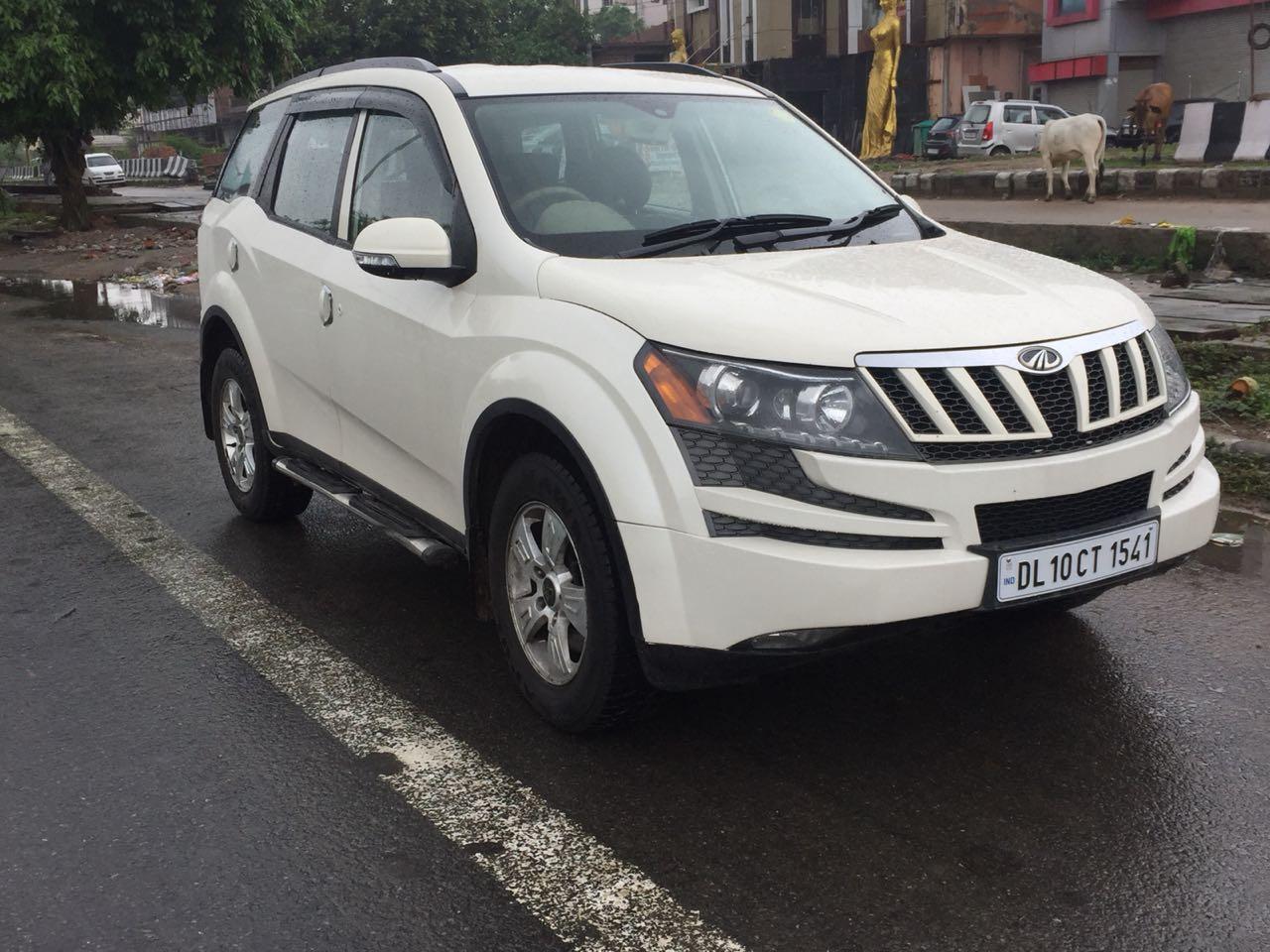Secondhand XUV-500 W-8 car in Dwarka and Uttam Nagar